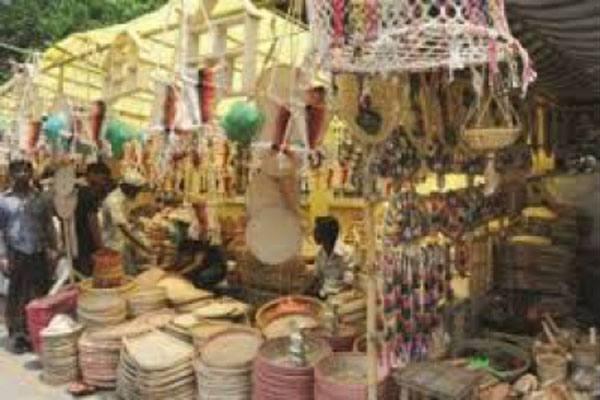 রাজধানীতে পাঁচ দিনব্যাপী বিসিক বর্ষা মেলা শুরু