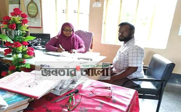 দৌলতপুরে ৮০ নং গরুড়া সরকারী প্রাথমিক বিদ্যালয় পরিদর্শন করলেন সাইফুল নাহার